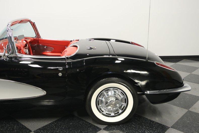 1959 Chevrolet Corvette 26