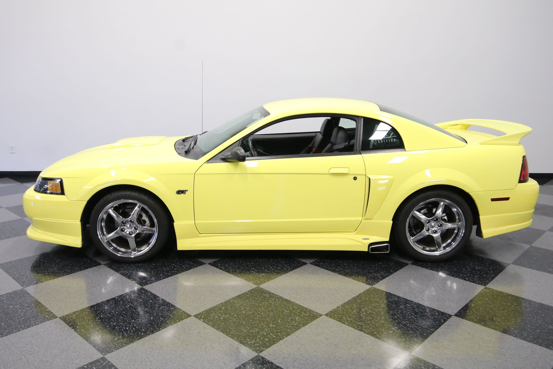 2001 ford mustang roush stage 2