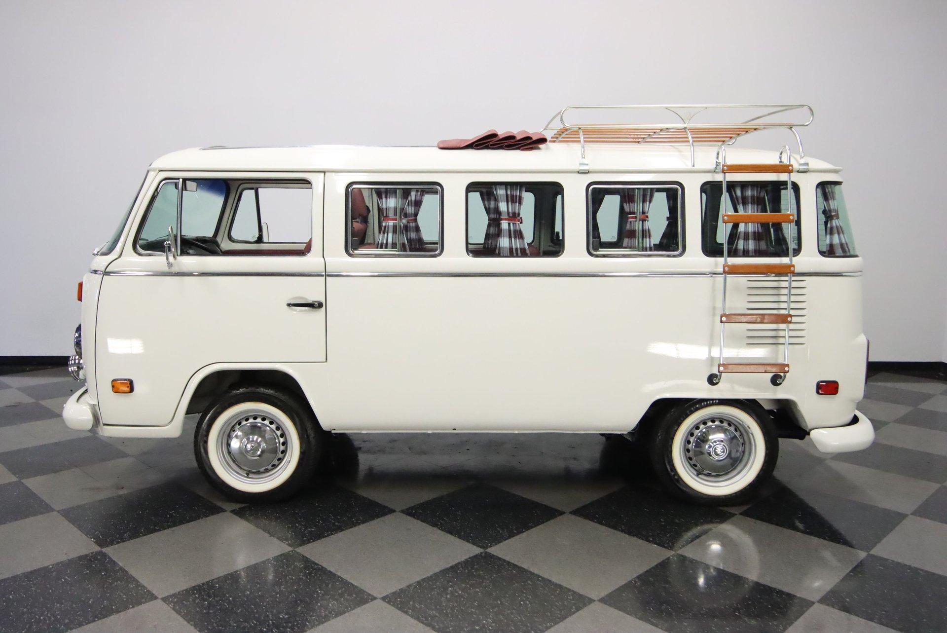 1993 volkswagen type 2 13 window deluxe walk thru bus