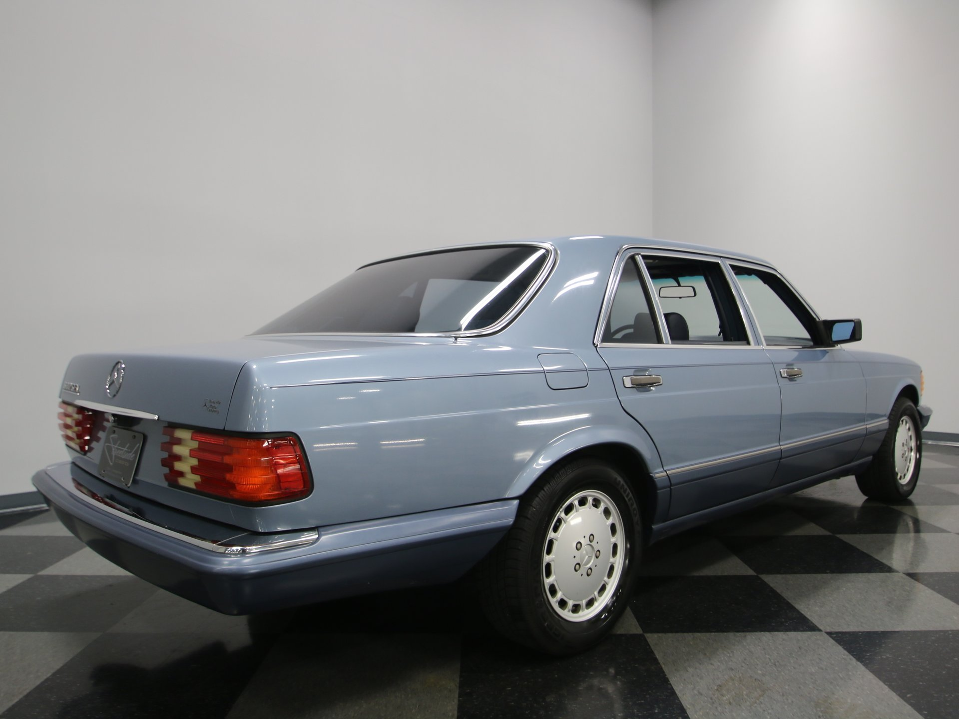 1989 Mercedes-Benz 300 SEL | Streetside Classics - The