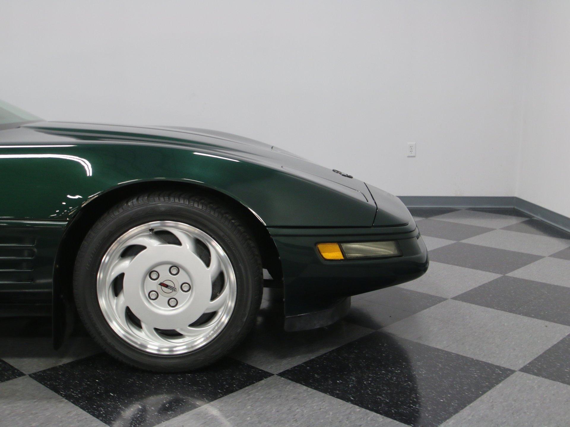 1992 Chevrolet Corvette | Streetside Classics - The Nation's