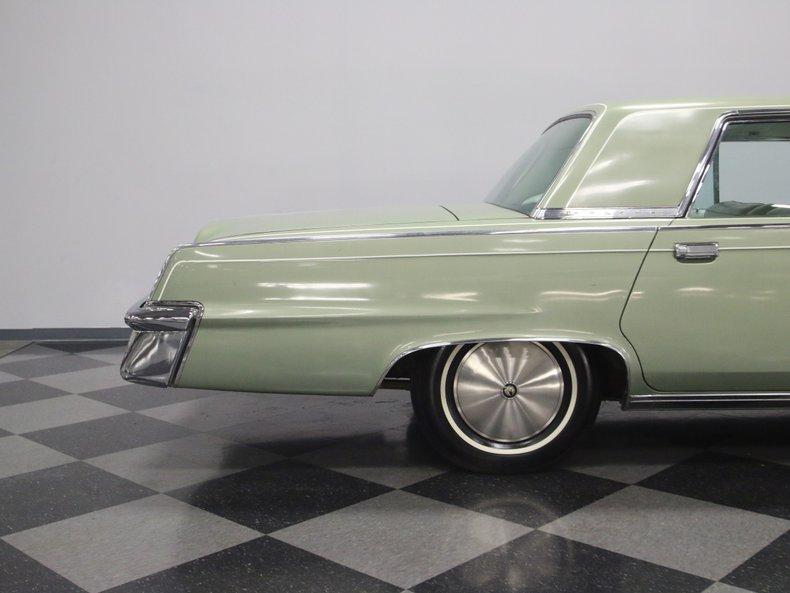 1964 Chrysler Imperial 24