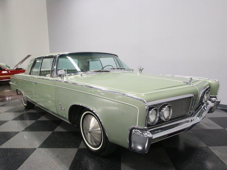 1964 Chrysler Imperial 26