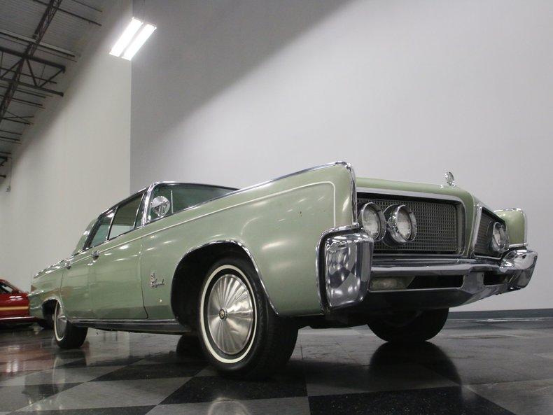 1964 Chrysler Imperial 28