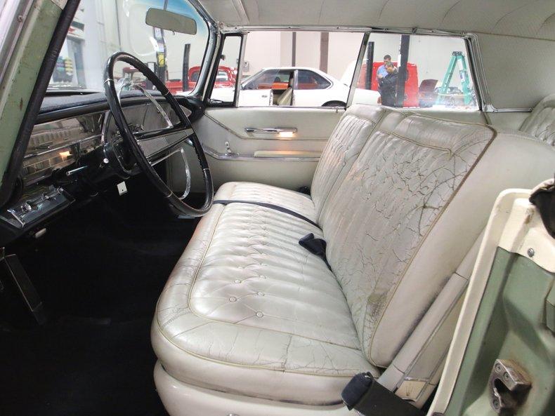 1964 Chrysler Imperial 4