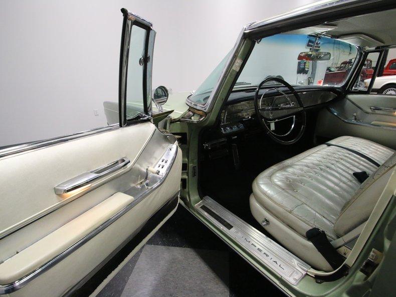 1964 Chrysler Imperial 36