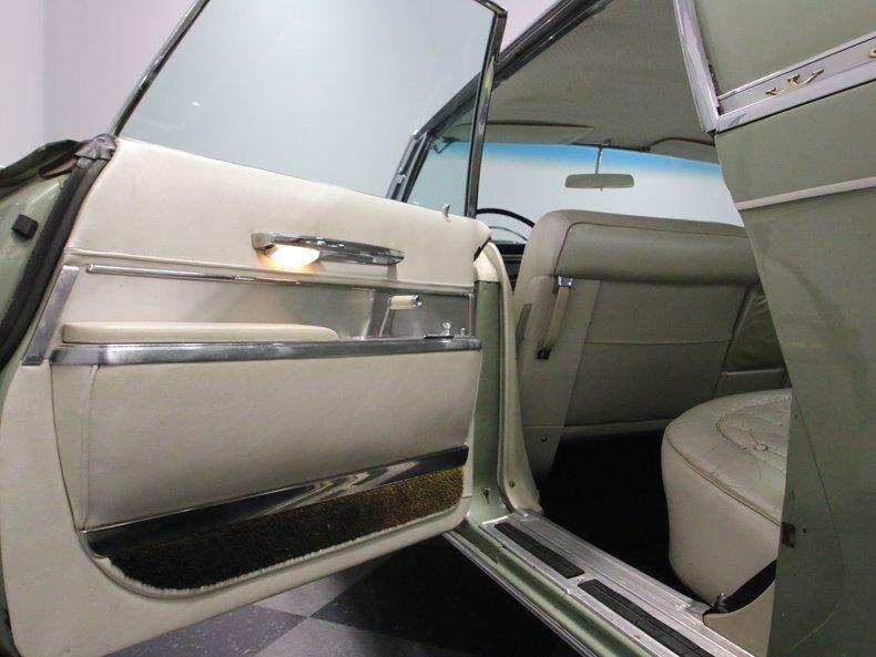 1964 Chrysler Imperial 50