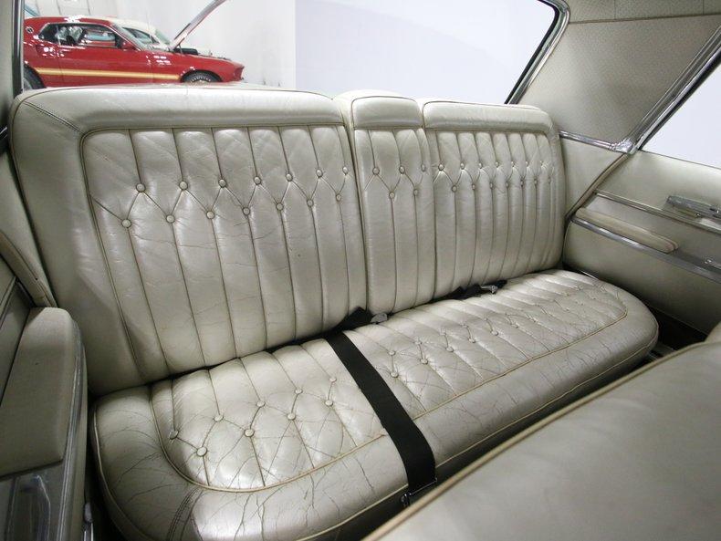 1964 Chrysler Imperial 45