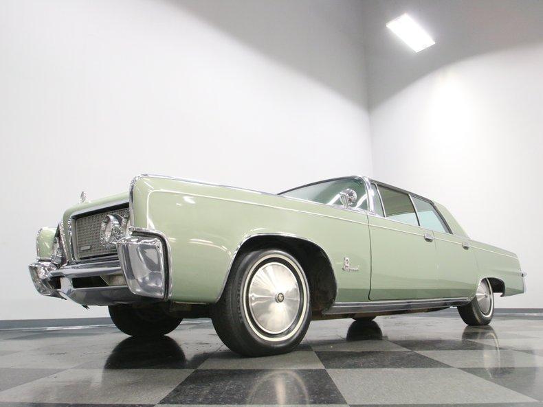 1964 Chrysler Imperial 9