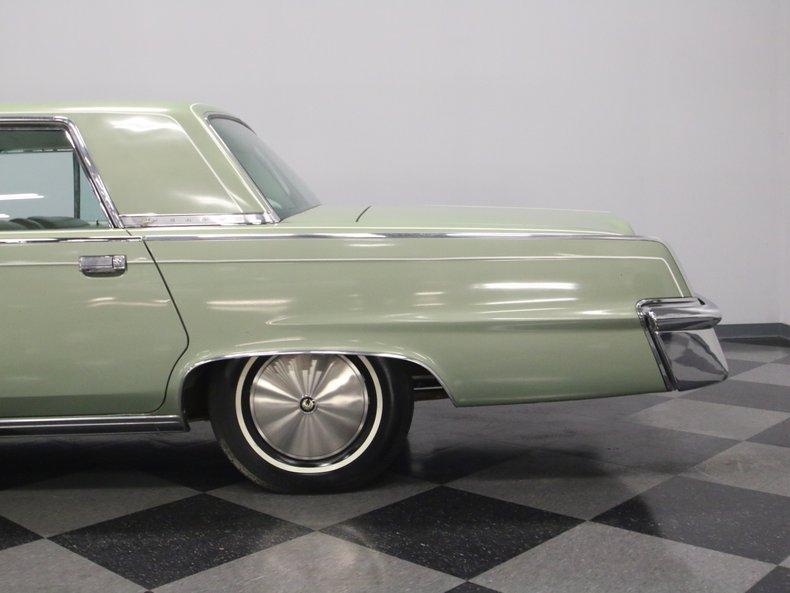 1964 Chrysler Imperial 13