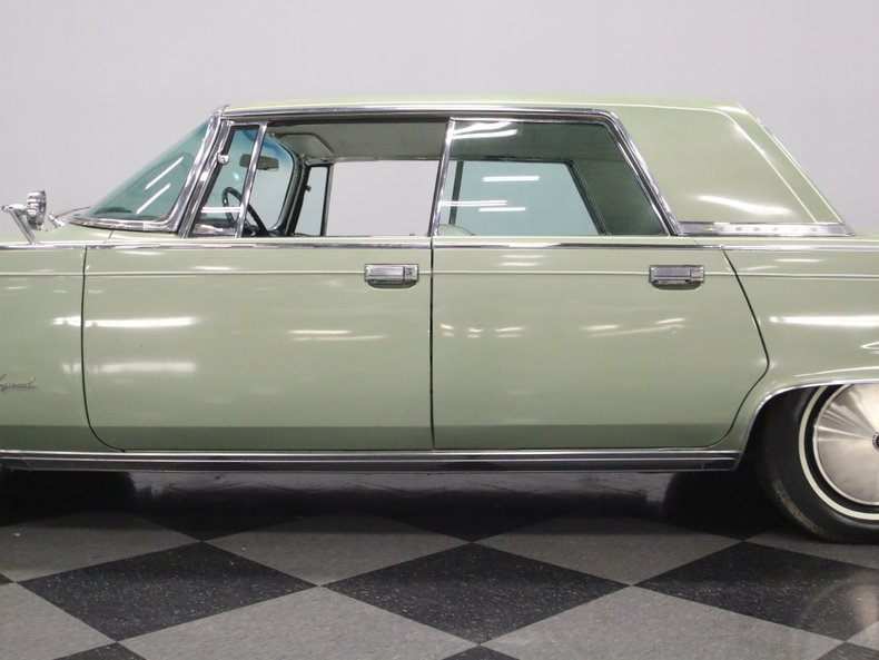 1964 Chrysler Imperial 12