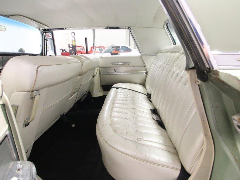1964 Chrysler Imperial 52