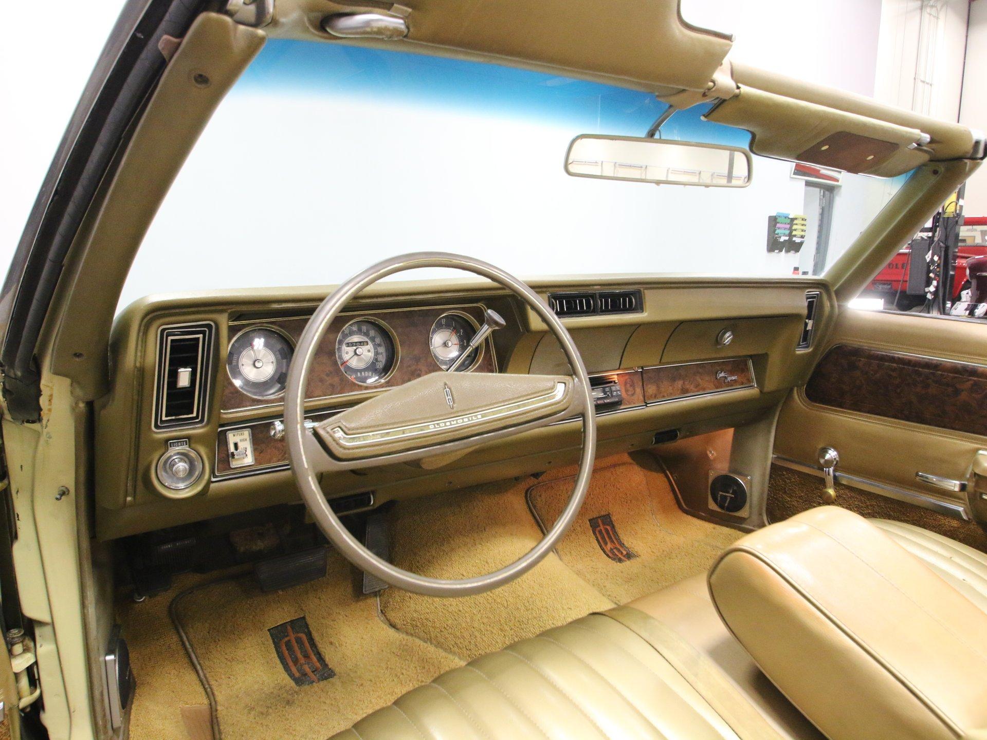 1970 Oldsmobile Cutlass | Streetside Classics - The Nation's
