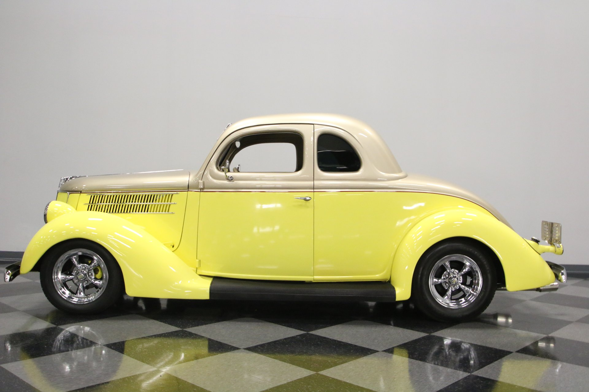 1936 ford 5 window coupe