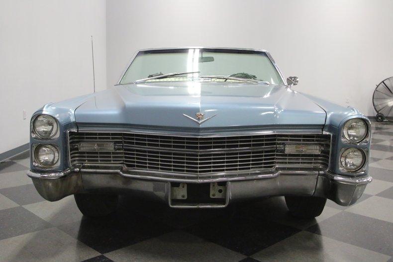 1966 Cadillac DeVille 19