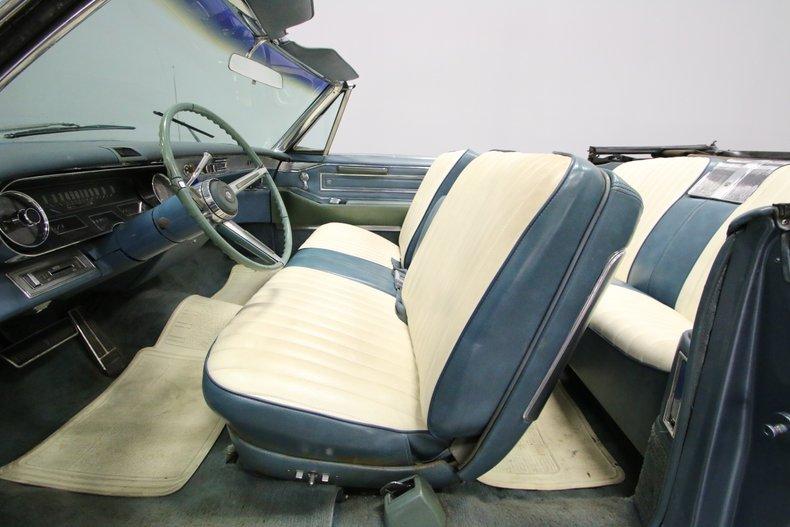 1966 Cadillac DeVille 4