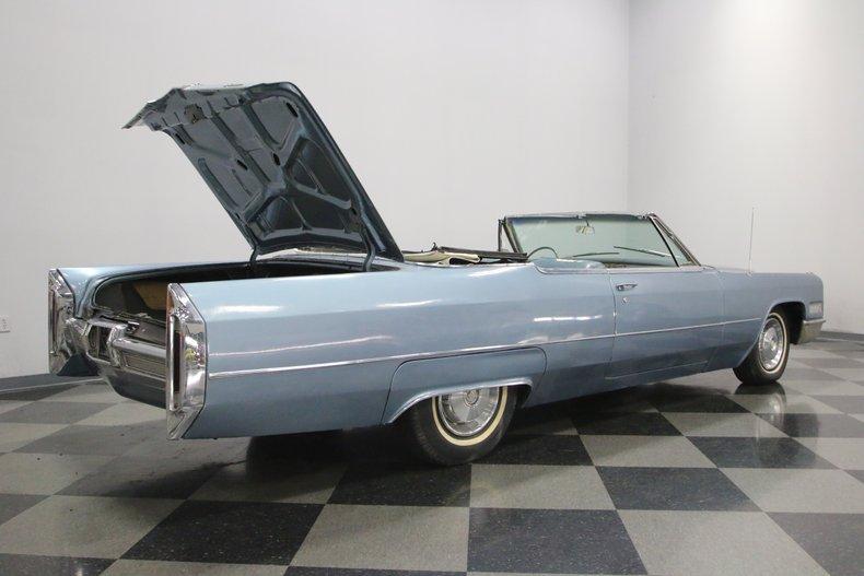 1966 Cadillac DeVille 25