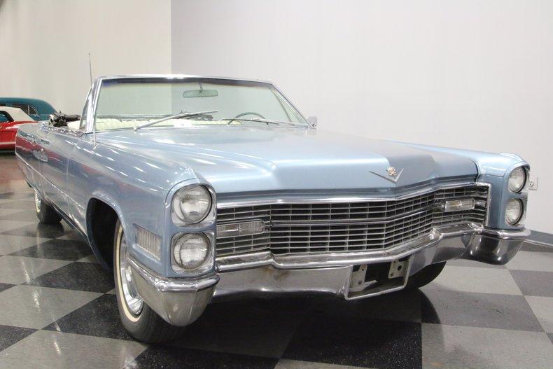 1966 Cadillac DeVille 18