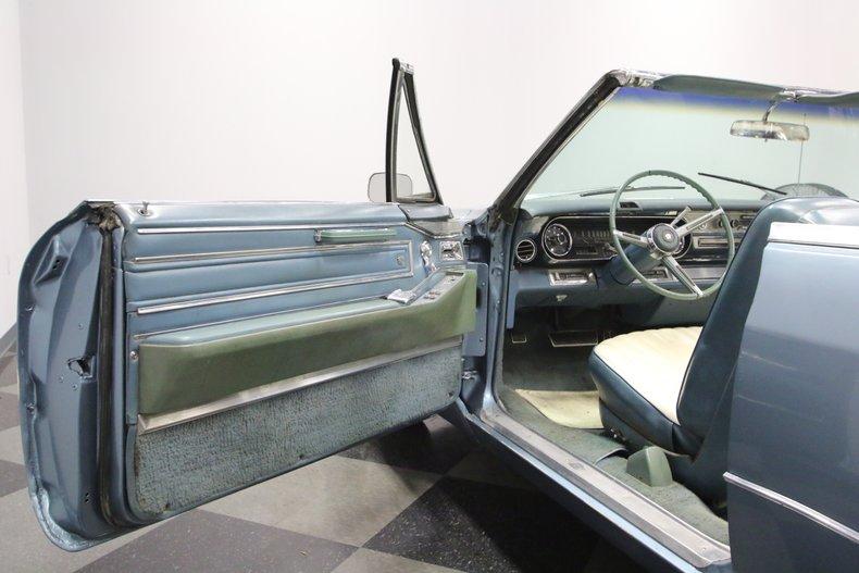 1966 Cadillac DeVille 29