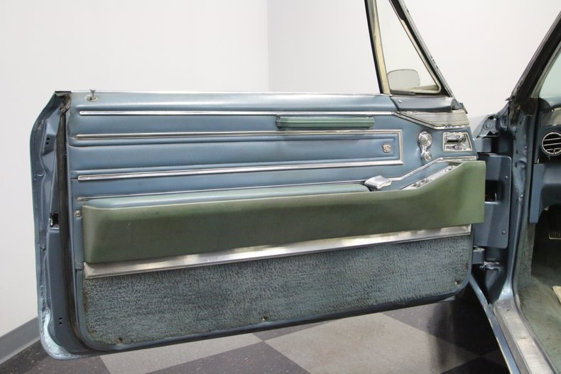 1966 Cadillac DeVille 30