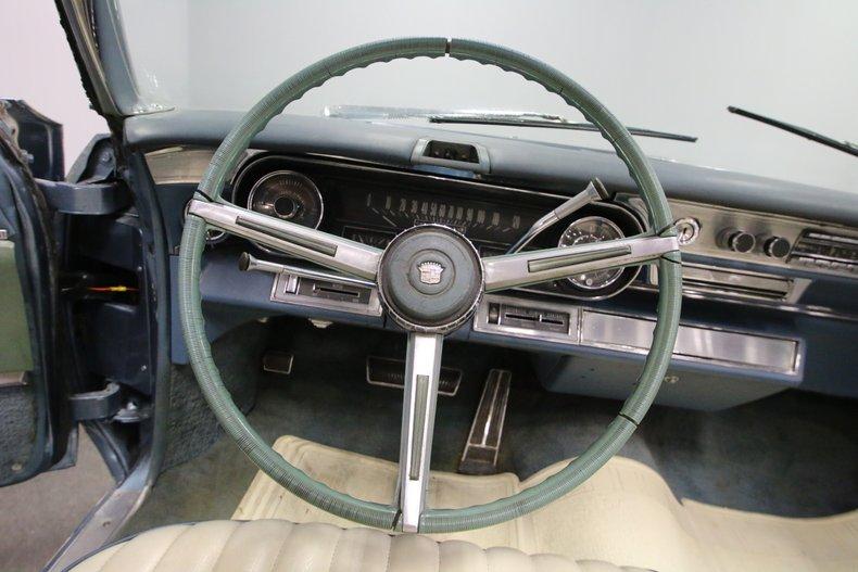 1966 Cadillac DeVille 33