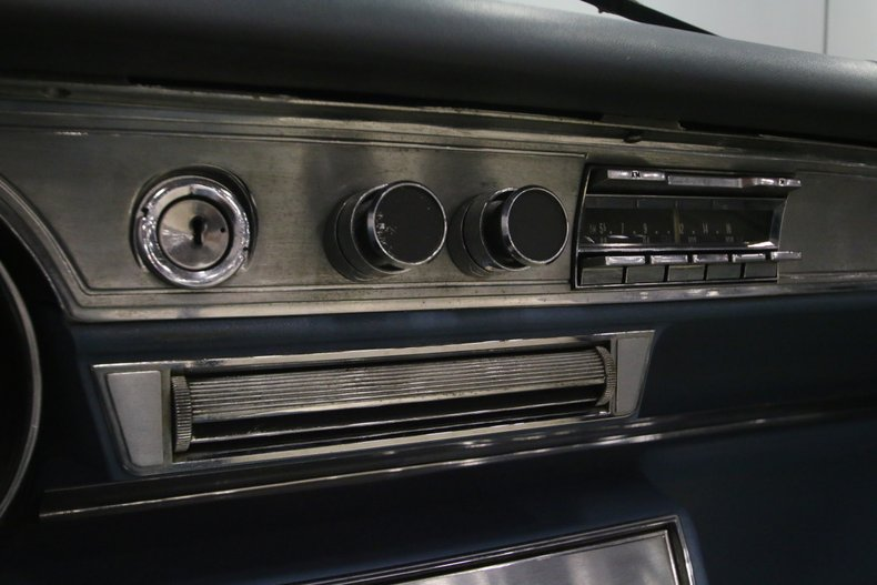 1966 Cadillac DeVille 37