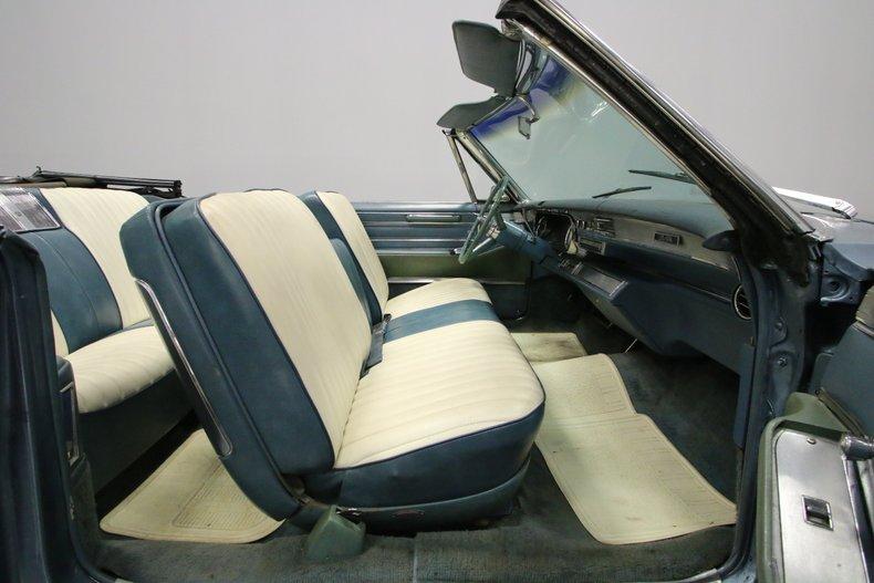 1966 Cadillac DeVille 43