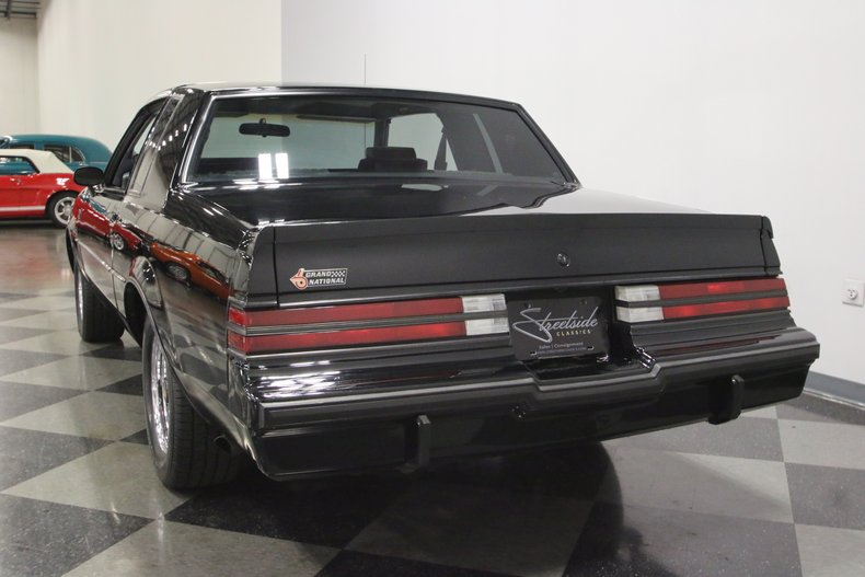 1987 Buick Grand National 10