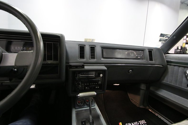 1987 Buick Grand National 44