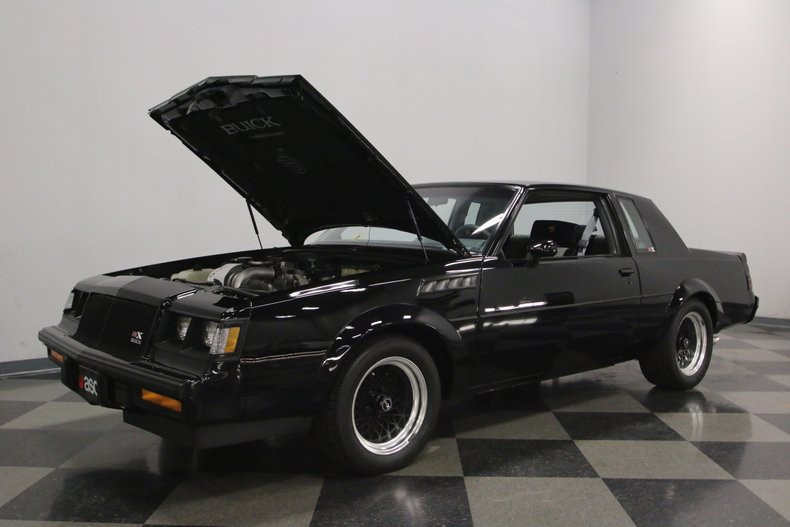 1987 Buick GNX 31