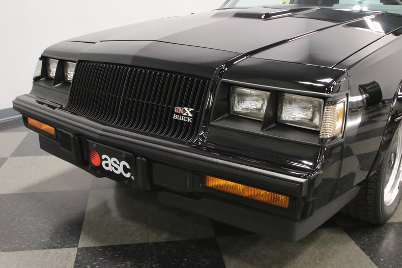 1987 Buick GNX 21