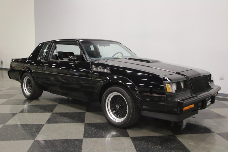 1987 Buick GNX 16
