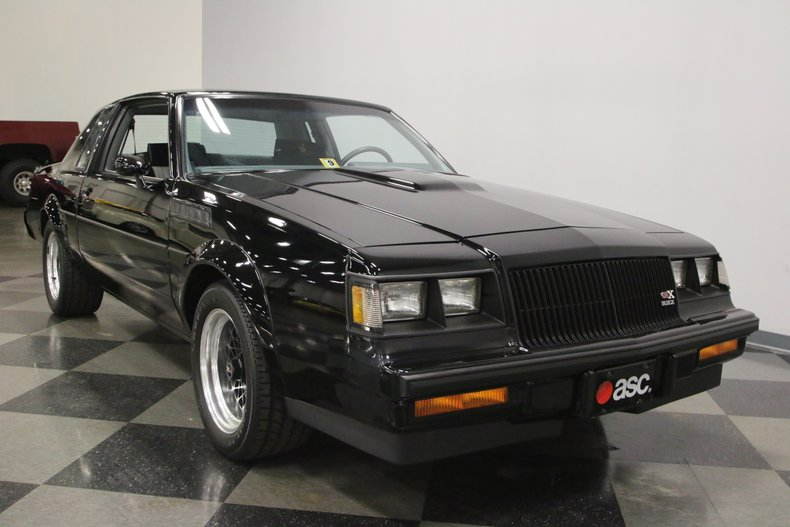 1987 Buick GNX 17