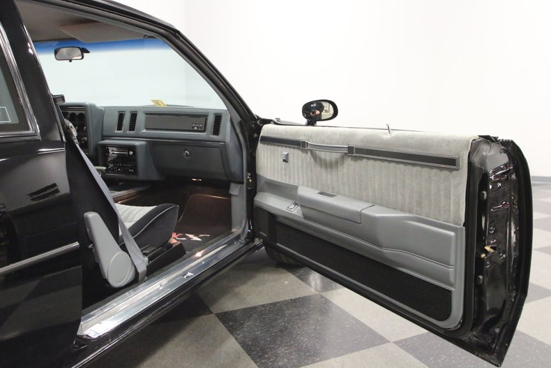 1987 Buick GNX 58