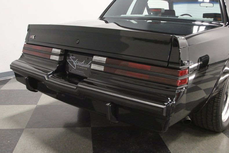 1987 Buick GNX 29