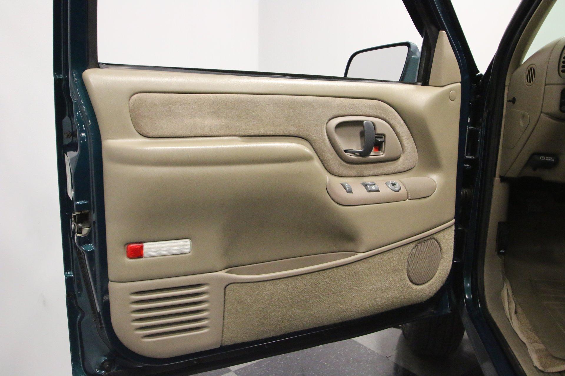 1998 Chevrolet 3500 | Streetside Classics - The Nation's