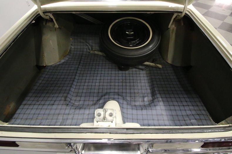 1963 Dodge Polara 24