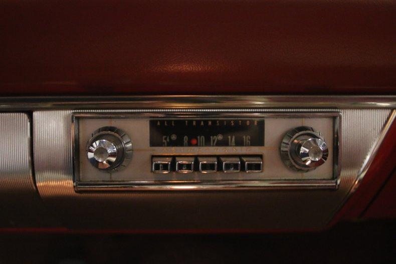 1963 Dodge Polara 32