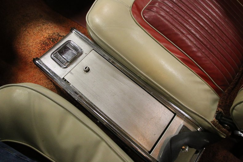 1963 Dodge Polara 33