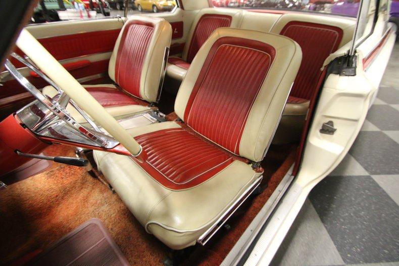 1963 Dodge Polara 35