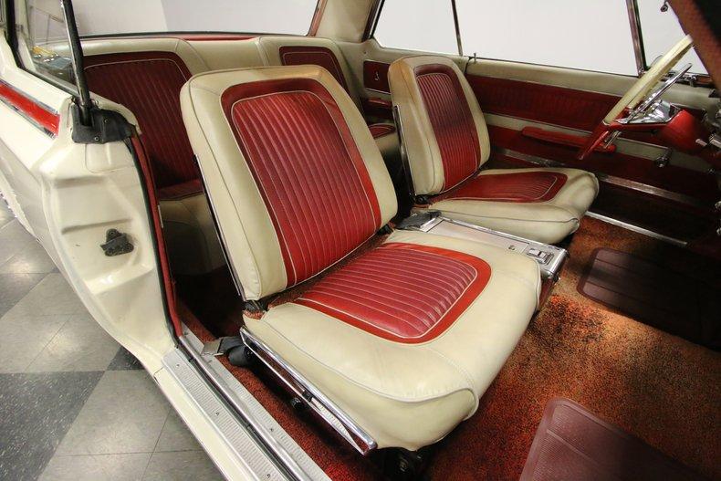 1963 Dodge Polara 38