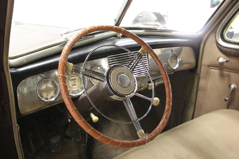 1940 Buick Series 80 32