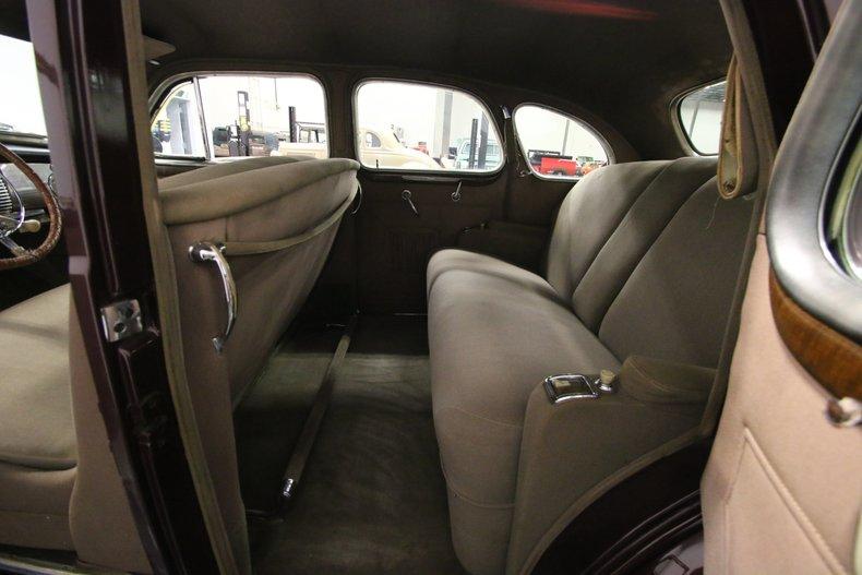 1940 Buick Series 80 43