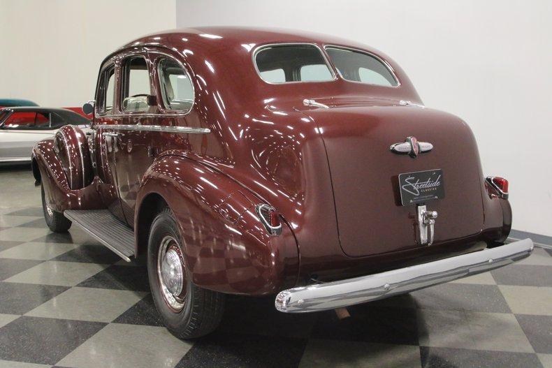 1940 Buick Series 80 10