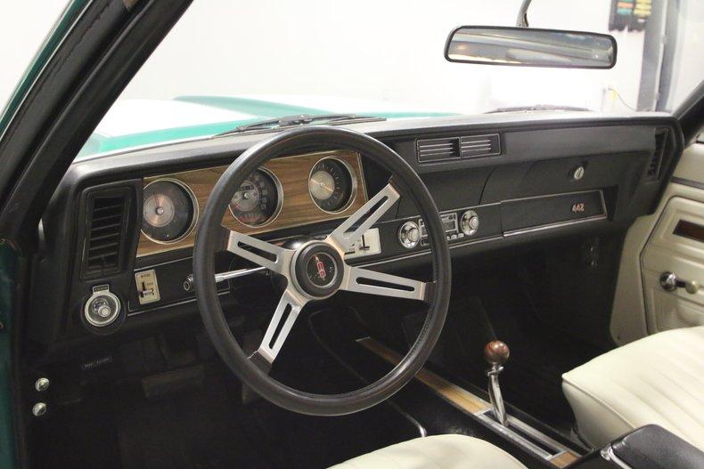 1972 Oldsmobile 442 29