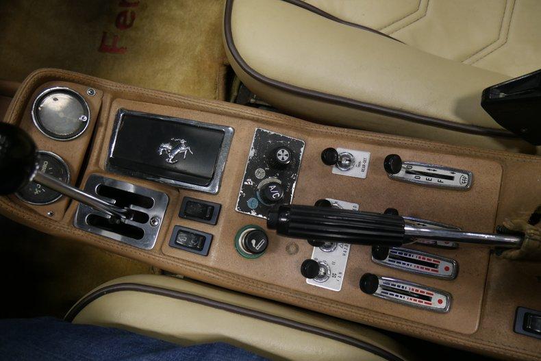 1984 Ferrari 308 GTS 40