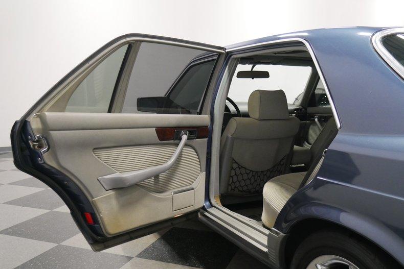 1983 Mercedes-Benz 500 SEL 49