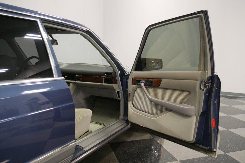 1983 Mercedes-Benz 500 SEL 43
