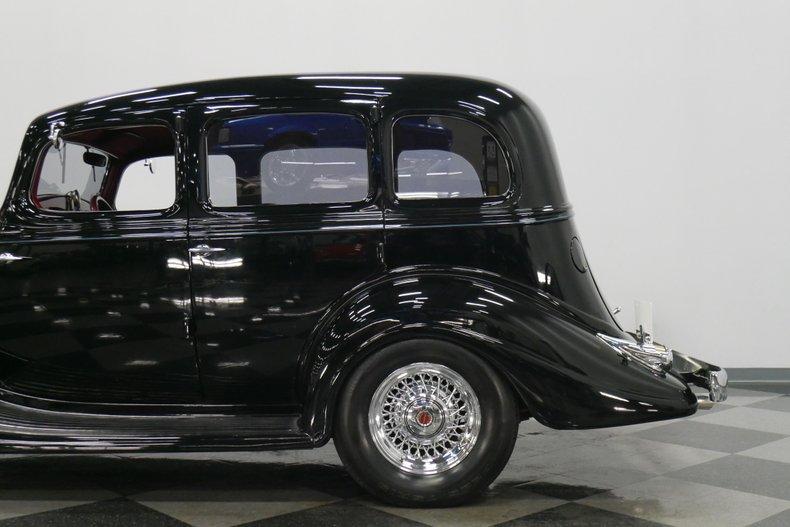 1934 Hudson Eight 23
