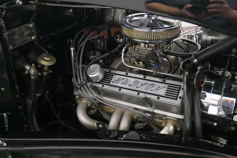 1934 Hudson Eight 27